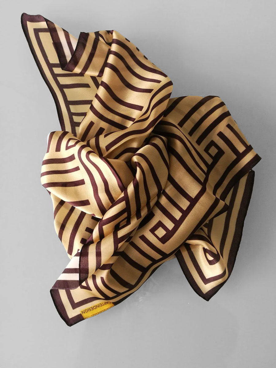 Shawl 'Framed Gold & Brown'