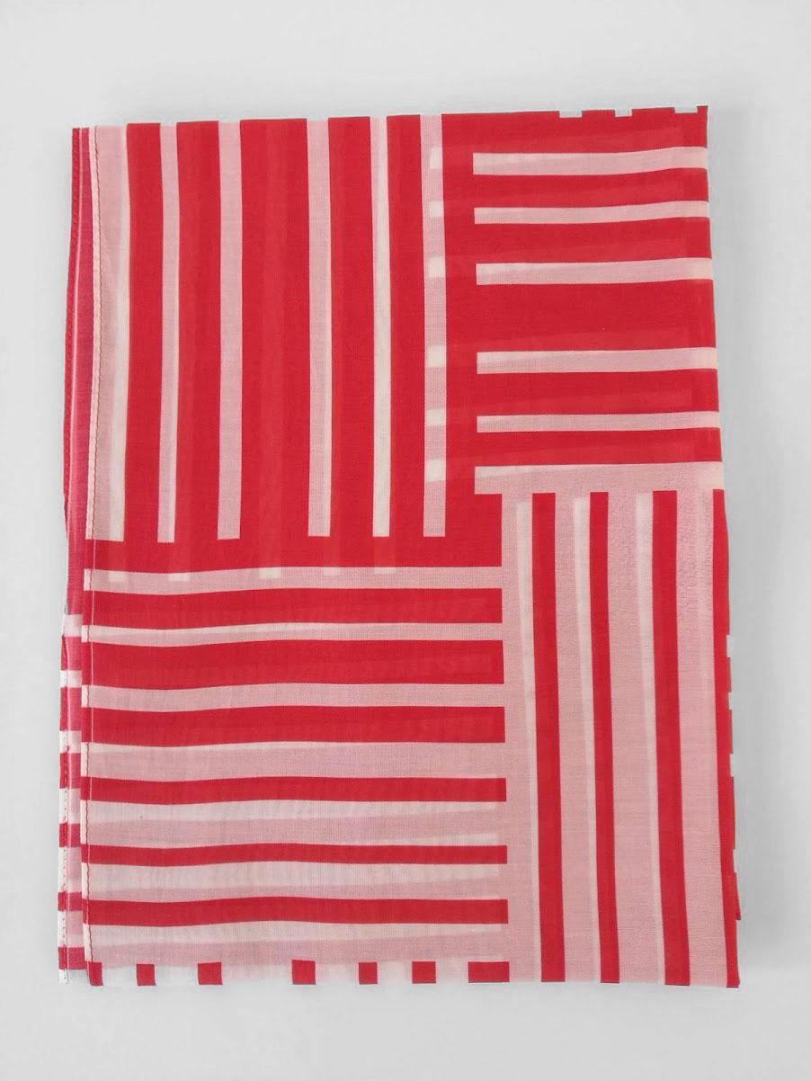 Shawl 'No Stars Red & White