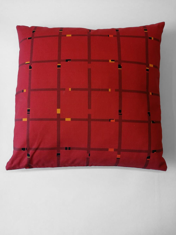 Pillow 'An-Jet Red 0301