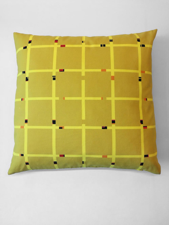 Pillow 'An-Jet Yellow 0012'