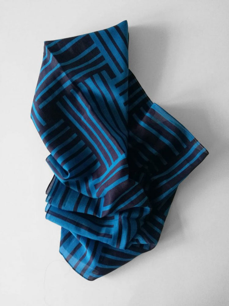 Shawl 'No Stars Dark Blue'